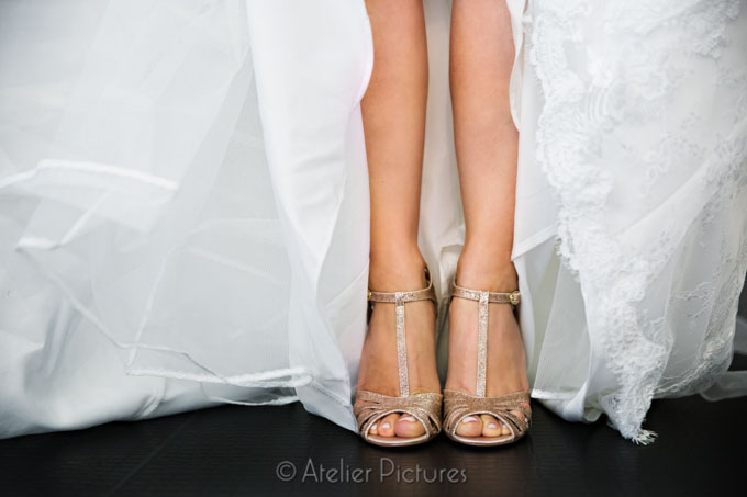 Detail image of the bride's shoes